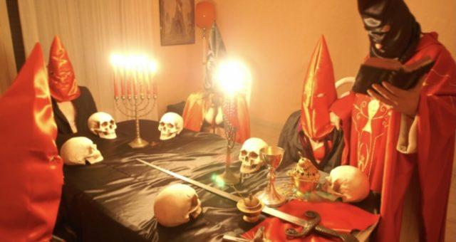 IMPRENDITORE adescato con messaggi subliminali da una adepta di una sedicente setta satanica di Torino.